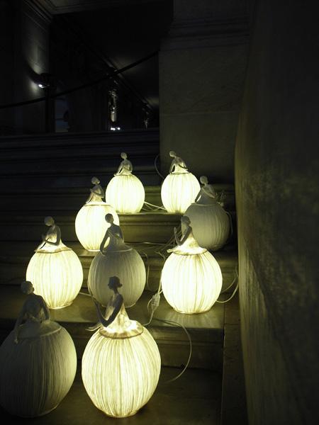 お土産コーナーの照明