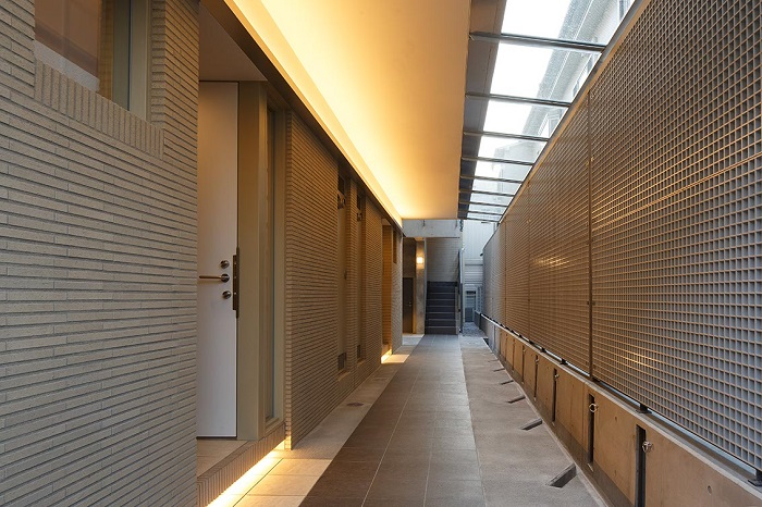 1階共用廊下2